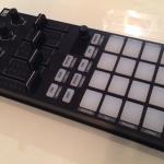 PCDJ MIDIコントローラーNative Instruments Traktor Kontrol F1のレビュー