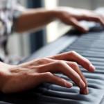 斬新すぎる鍵盤ROLI:Seaboard、鍵盤なのにビブラート/スライド演奏も可能!