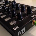 PCDJコントローラーNative Instruments Traktor Kontrol X1のレビュー